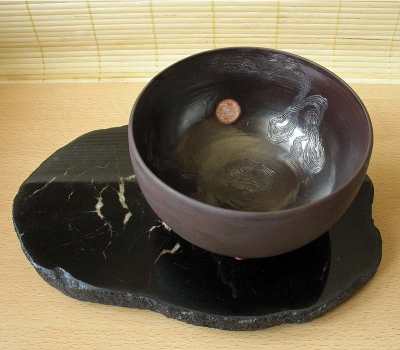Художественная керамика. Чаша тяван на стихи Сайге. Автор В.ЮДелевич